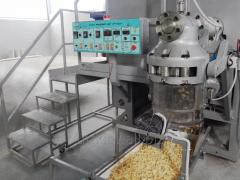 Automatic macaroni press