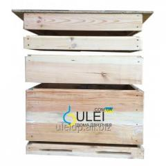 Beehive a plank bed 16 frame with a store