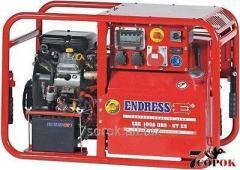 Бензиновый генератор ESE 1006 DBS-GT ES