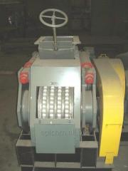Briquetting roll press for briquettes. Model