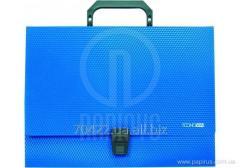 Plastic briefcases