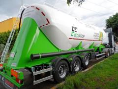 Samochody ciężarowe dla przewożenia mąki