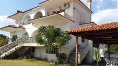 Cottage in the village of Kastri