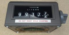 The register calculating for flowmeters of Veeder