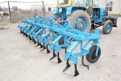 Cultivator of propashny KHC-5,6 compact developing