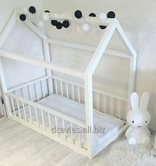 Детская кровать (кровать-домик) деревянная, мебель