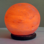 Salt lamps of SLBL-28L Sphere Pakistan, big on a