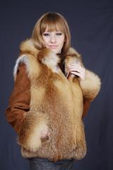 Natural fur of a fox chernoburoy-vests