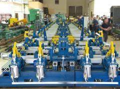Роботизированный комплекс для сборки и сварки стенок передвижных контейнеров