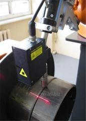 Лазерный сенсор для слежения за стыком при роботизированной дуговой сварке