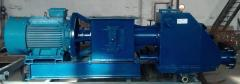 The pump pneumatic screw for transportation of
