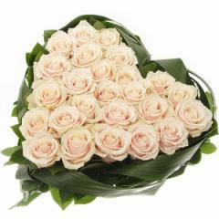 Композиции из цветов в форме сердца