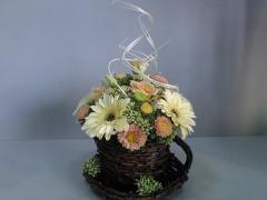 Корзина цветочная плетённая из Крыма.