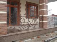 Огорожі для балконів ковані