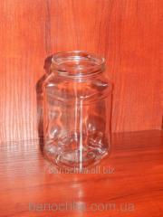 Glass jar of 430 ml with a mouth a twist of 66 mm