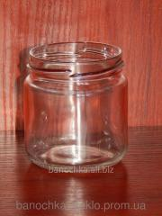 Glass jar of 200 ml with a mouth a twist of 66 mm