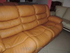 Leather furniture sofa and chairs reklayner +