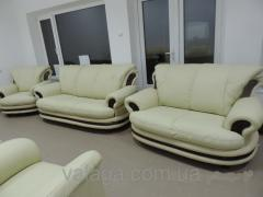 Leather sofa + 2 chairs of Palerm