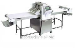 Automatic dough flattening roller
