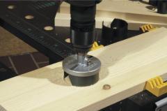 Pendulum trench saw