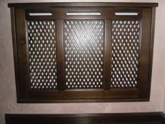 Lattice decorative radiator of the massif