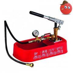 Manual hydrotesting pump