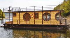 Floating dachas and houses, the mobile house on