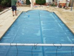 Film solaire pour les piscines intérieures Shield