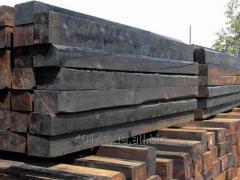 Timber on cross ties railway