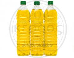 Sunflower oil Pouring in PET to a bottle.