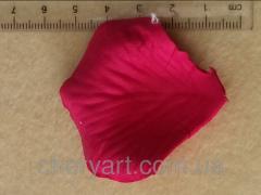 Лепестки роз малиновый