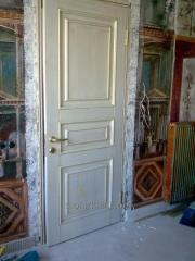 Continuous doors wooden white