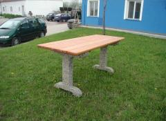 Table and bench garden