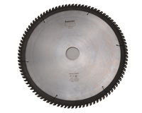 Пилы дисковые для чистовой распиловки древесины и ДСП отрицательным передним углом