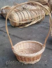Круглая корзина для подарков из лозы