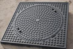 Люк канализационный квадратный тяжелый магистральный KASI тип ТМ (D400) KDС25 (Чехия)