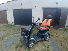 Electric Solo TS 120 scooter