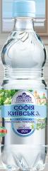 El agua mineral Sofia Kievskaya botella de PET de