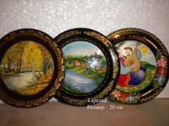 Тарелки деревянные, декоративные тарелки.