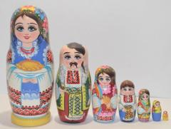 The Ukrainian painted nested doll from 7 pieces big 702