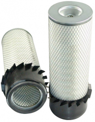 Filters for agricultural machinery