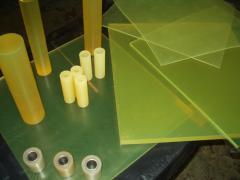 Polyurethane sheets, plates, plugs