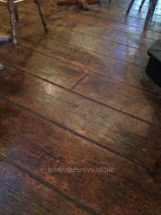 Flooring board
