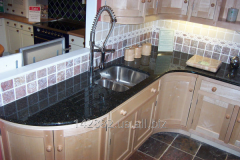 Countertops from granite for the kitchen 13