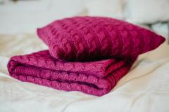 Bed linen knitted