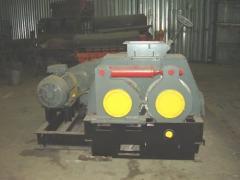 Пресс валковый ПБВ-19 для брикетирования азотно-фосфатных калийных удобрений.