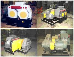 Пресс валковый ПБВ-19 для гранулирования азотных удобрений.
