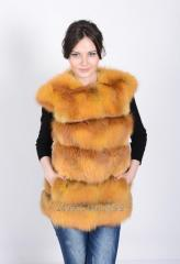 The vest from fur of a fox length is 65 cm