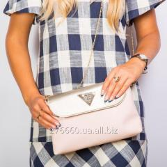 Varnish pink clutch with the valve