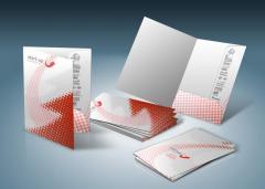 Печать папок с логотипом, изготовление картонных